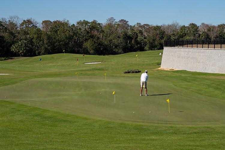 Bear's Den Golf
